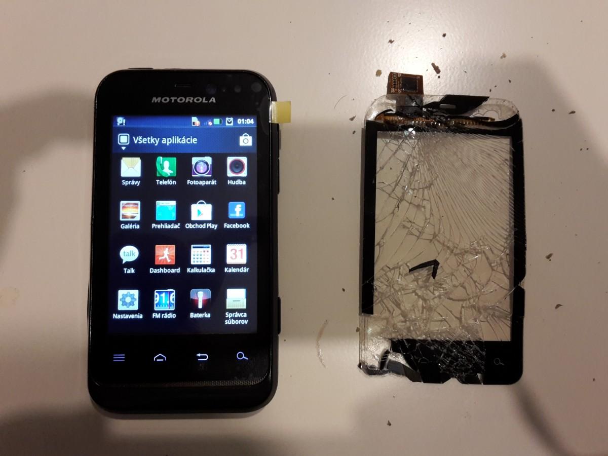 Ako nalepit dotykove sklo na mobil